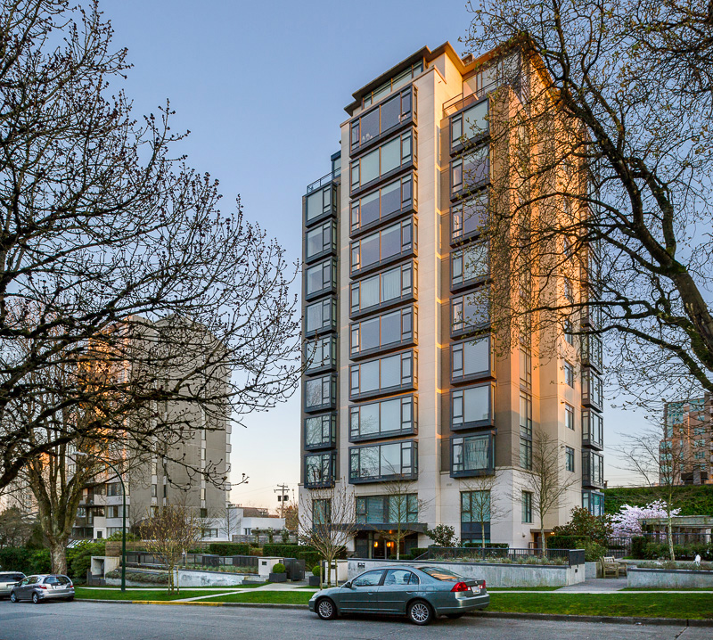 creston house - thompson river university condos